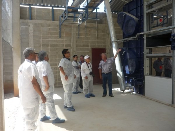 dorset dryer in Brasil being shown